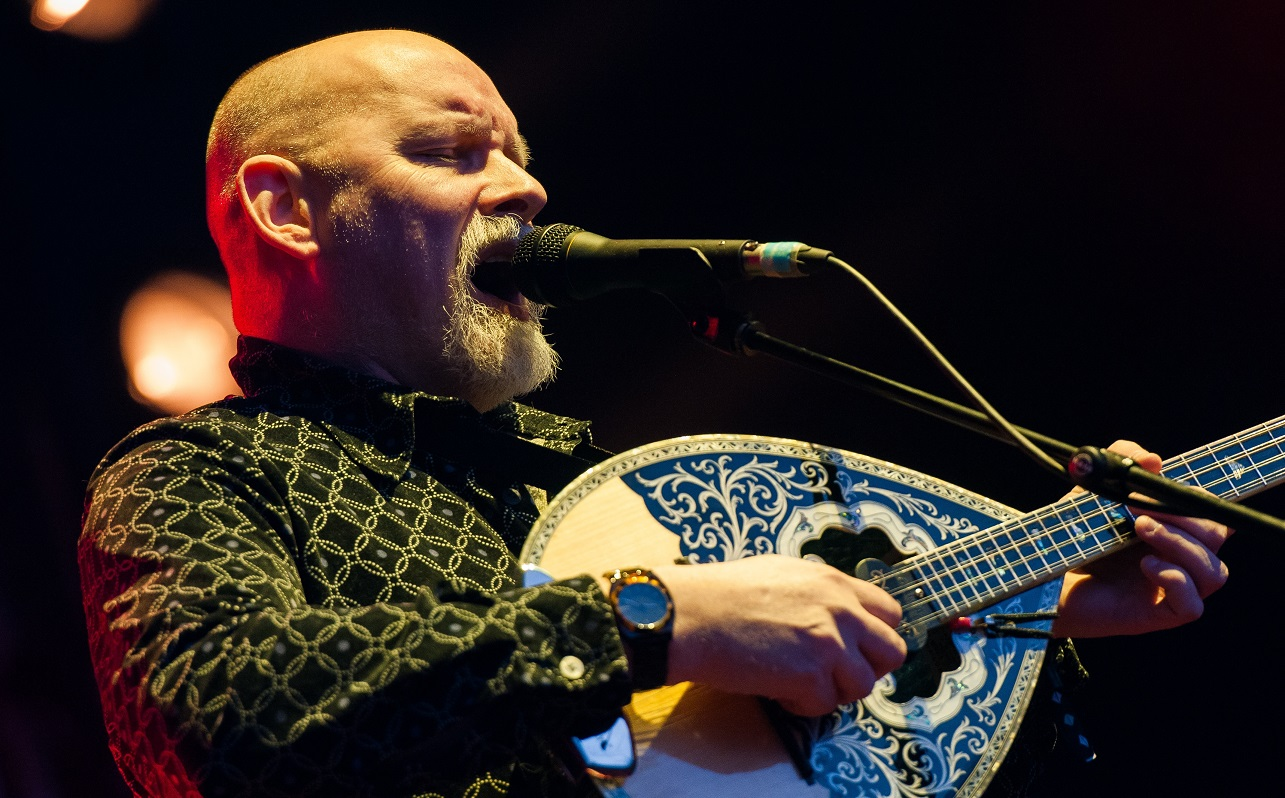 Brendan Perry de Dead Can Dance regresa en plan solista