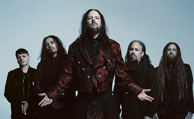 Korn lanza una versión acústica de 'Can You Hear Me?'