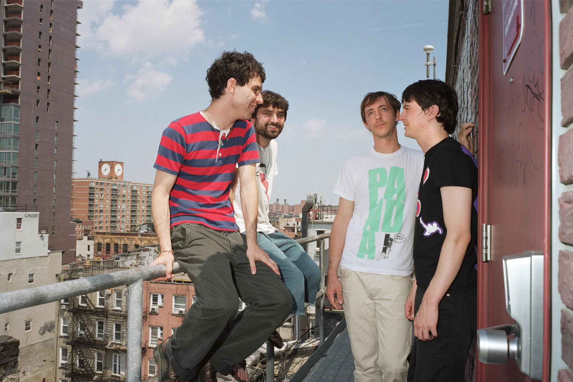 Animal Collective cambia car�tula de EP y t�tulo de disco por promover